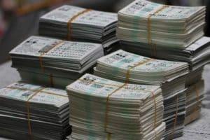 競馬の税金でトラブル!?税金をめぐる3つの裁判事例を調査